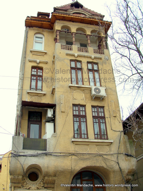 Daily picture 12 dec 09 high rise neo romanian style house historic houses of romania case - Neo romanian architecture traditional and functional house plans ...