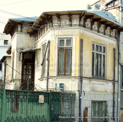 Piata Imobiliar\u0103 \u2013 Valentin Mandache, istoric de arhitectura