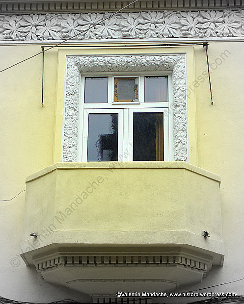 Florid Motif Art Deco Balcony Historic Houses Of Romania