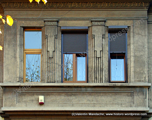 Inverted Ziggurat Motif Art Deco Windows Historic Houses Of Romania Case De Epoca