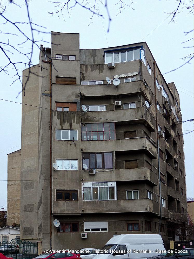 Frida Cohen House, arch. Marcel Iancu, 1935, Bucharest (©Valentin Mandache)